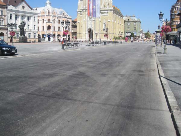 """Popločavanje"" asfaltom centra Novog Sada"