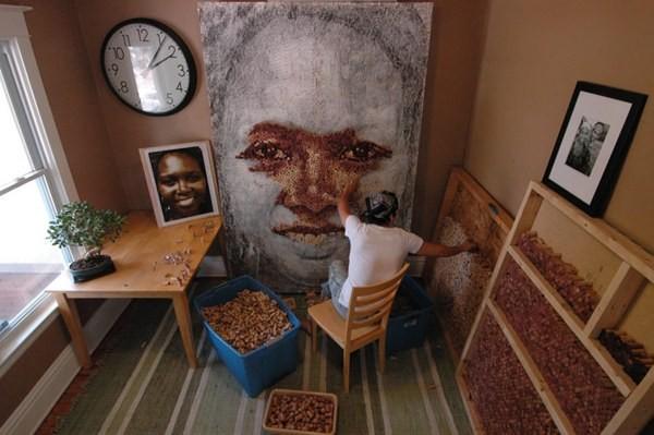 Portreti od hiljade plutanih čepova