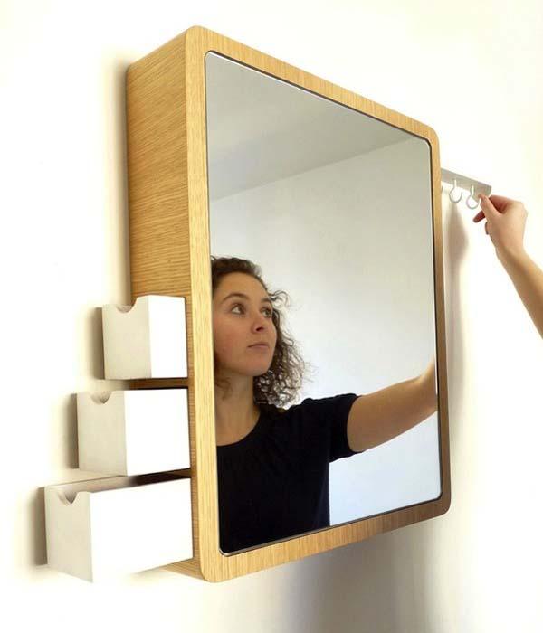 Funkcionalno ogledalo za više namena