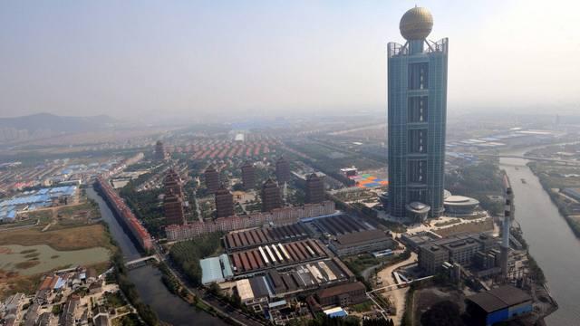 Kinesko selo bogatije za oblakoder visine 328 metara