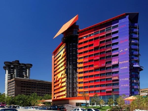 12 arhitekata za 12 spratova hotela Puerta América