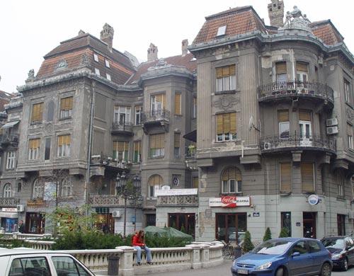 Pre i posle: Adamovićeva palata