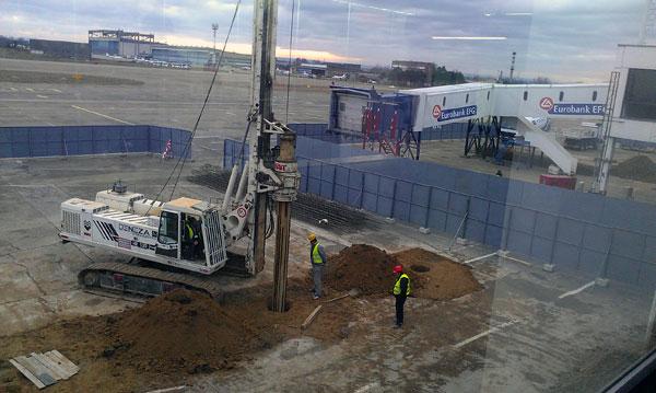 Radovi na rekonstrukciji gejtova na aerodromu Nikola Tesla