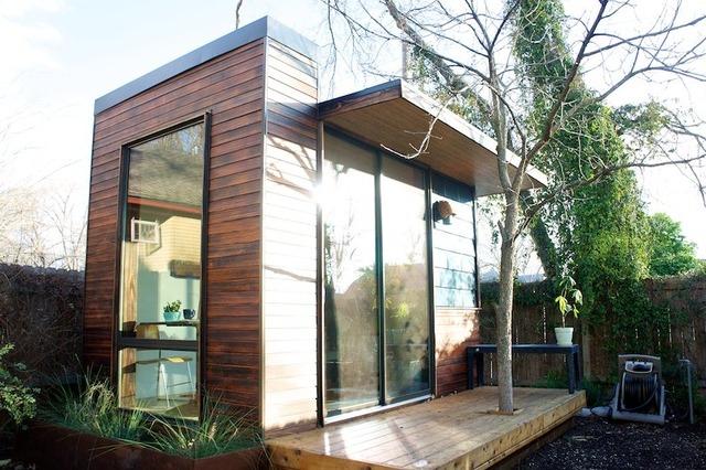 Radite od kuće – kancelarija u dvorištu