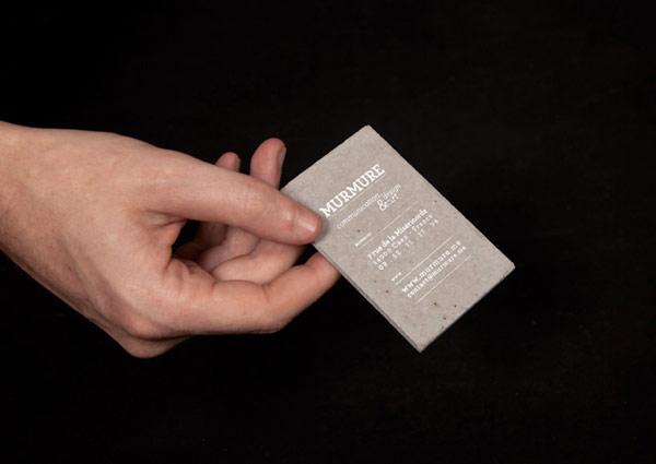 Predstavite se betonskim vizit-karticama