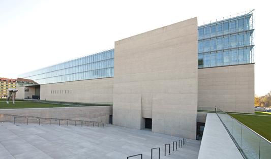 Egipatski muzej u Mihnenu od stakla i betona