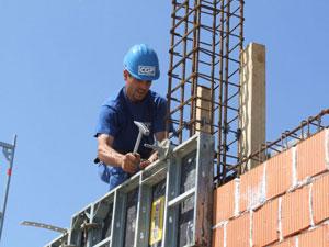 U Srbiji 43% manje izdatih građevinskih dozvola