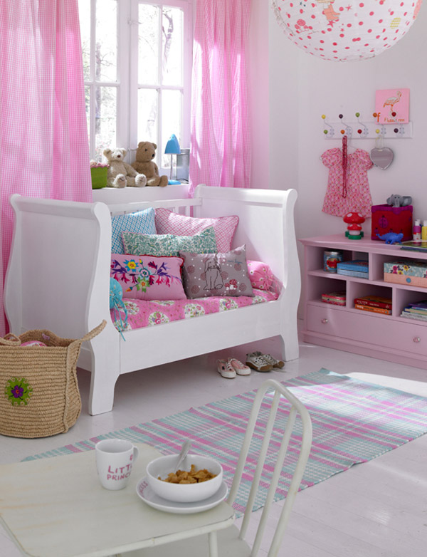 Male bedroom decorating ideas