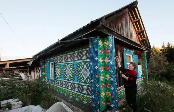 30.000 čepova za dekoraciju fasade kuće