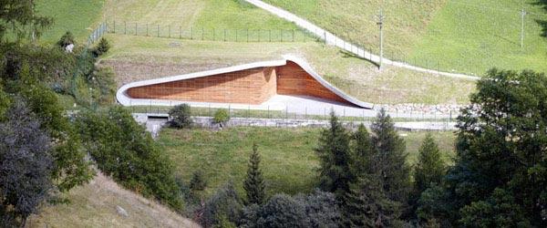 Hidroelektrana u Italiji uklopljena u prirodnu okolinu