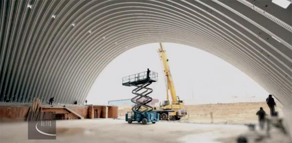 Ubrzani snimak građenja ledene dvorane
