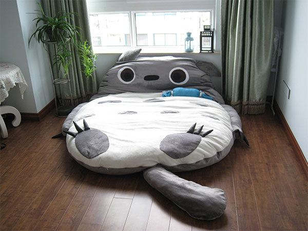 Krevet u obliku crtanog junaka