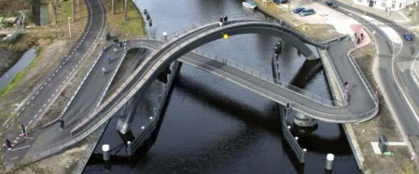 Neuobičajeni most u Holandiji koji služi i kao vidikovac