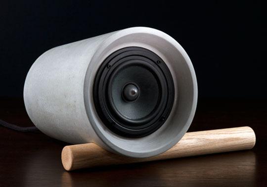 Zvučnici od betona i drveta