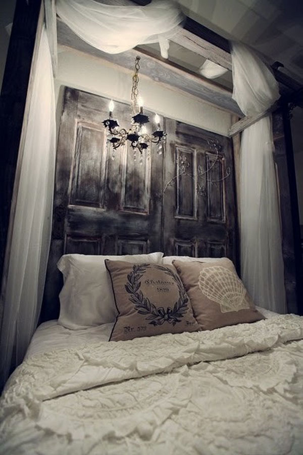 headboard-ideas-door