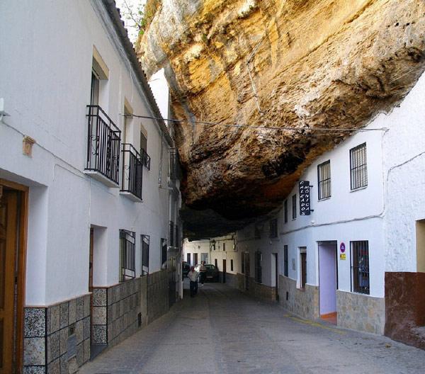 city-under-rocks