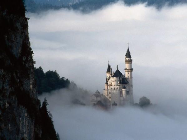 neuschwanstein-castle-lancastria-008-600x450