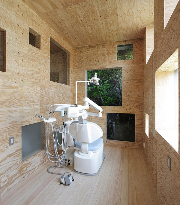 Dentist Clinic in Fukuyama Fukuyama-city, Hiroshima, Japan Designed by UID Architects