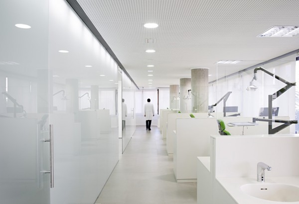 Dental Office Malaga, Spain Designed by Estudio Arquitectura Hago