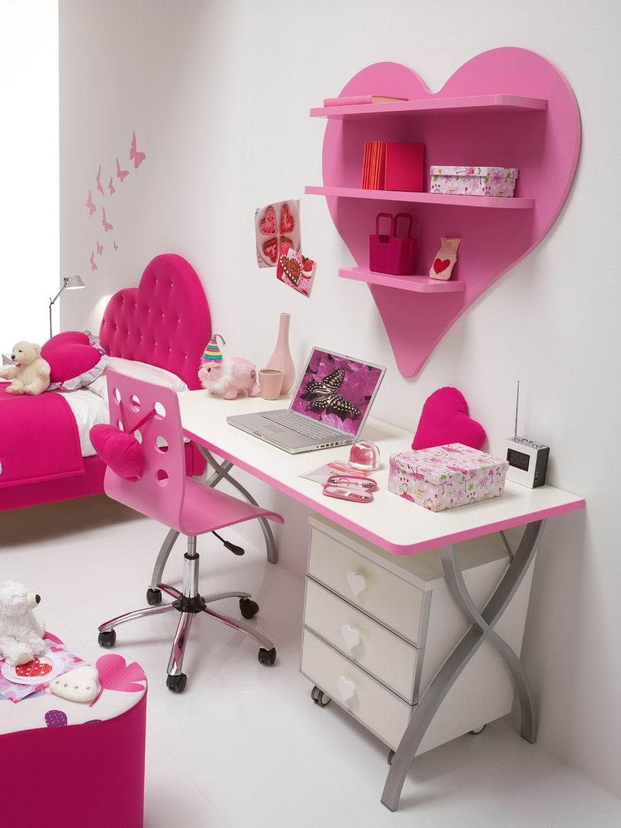 decija-soba-roza-srce-02