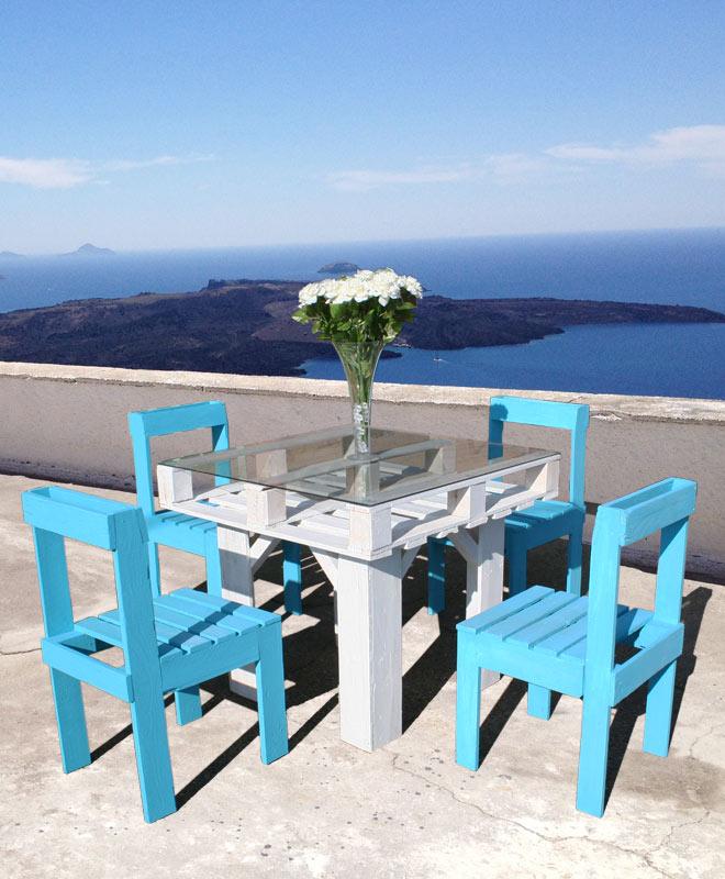 Napravite sto i stolice od drvenih paleta