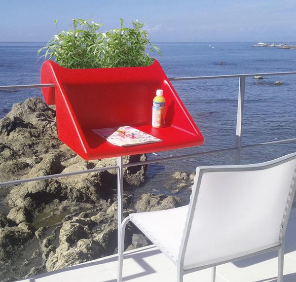 stolic-za-balkon