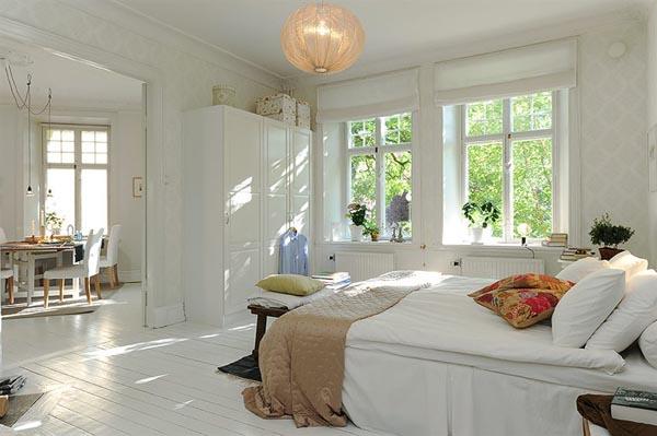 svetla spavaca soba