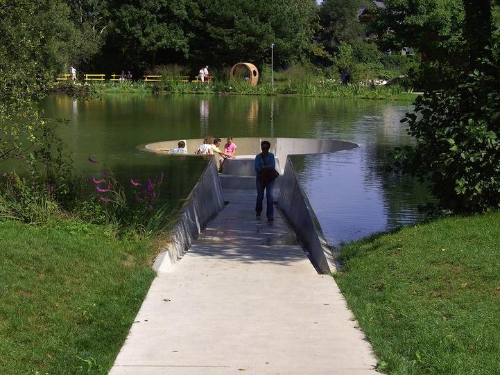 Interesting-Perception-Upon-The-Lake
