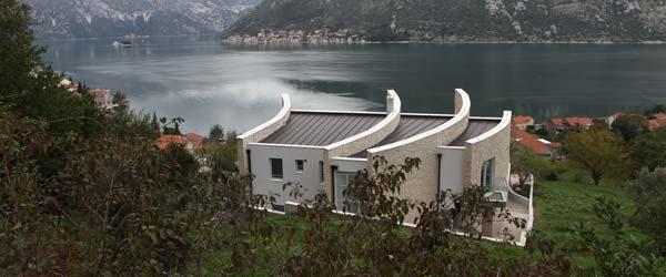 Moderna vila u Bokakotorskom zalivu