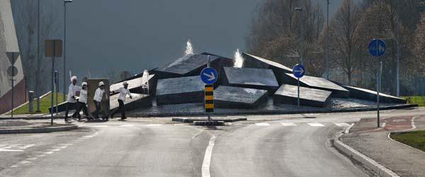 Monolitni kružni tok u Sloveniji
