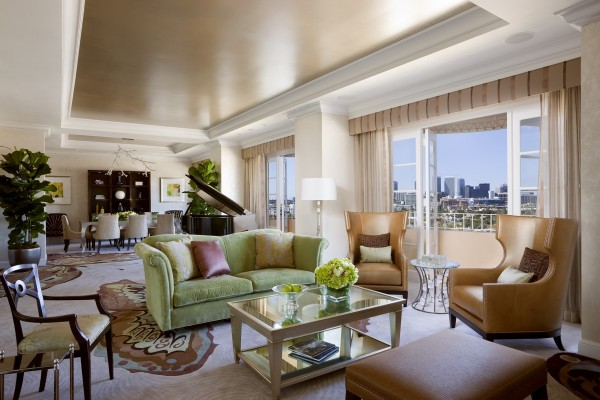 four-seasons-Presidential-West-Suite-002