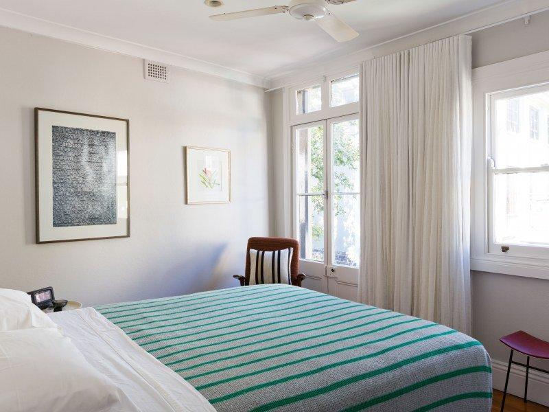spavaca soba bele boje