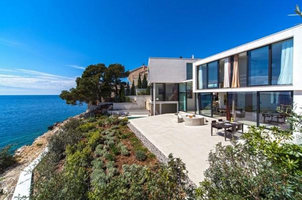 architecture-Golden-Rays-Villa