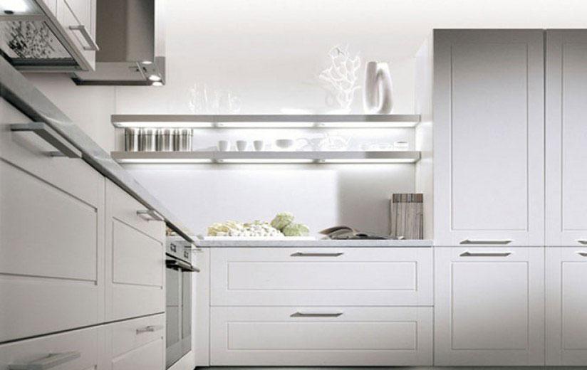 bela-kuhinja-klasicna-2