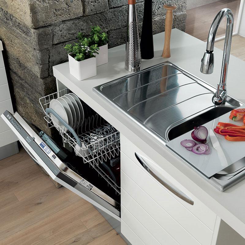 bela-kuhinja-ugradjenja-masina-za-sudje