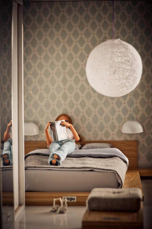 barbika u spavacoj sobi