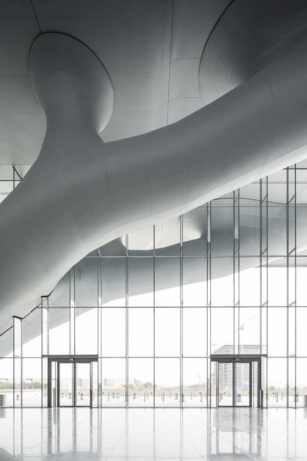 qatar-national-convention-centre-arata-isozaki_arata_isozaki_rhwl_qncc_doha_qatar_060313_0009