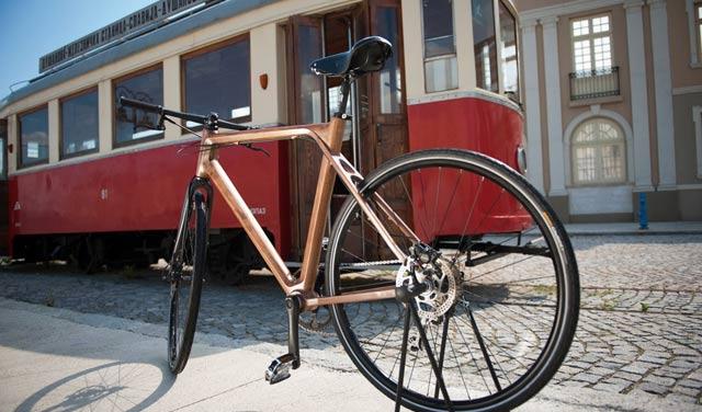 Pošaljite srpski drveni bicikl na sajam u Minhen