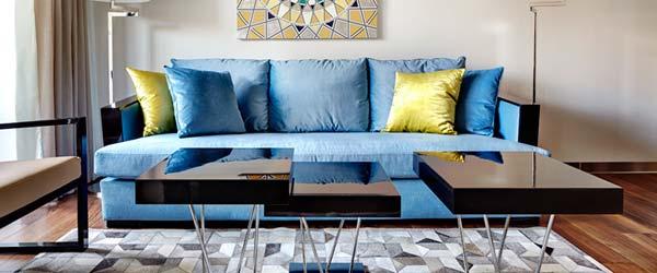 Ruski luksuz u stanu od 52 kvadrata sa zastakljenom terasom