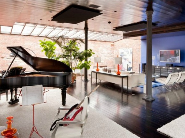 loft-mansion-music-room-living-room-8