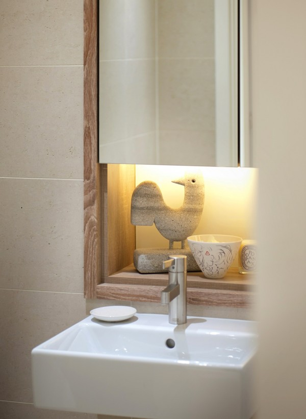Details-decorations-bathroom