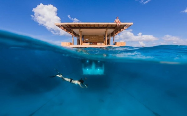 manta-resort-underwater-room-7