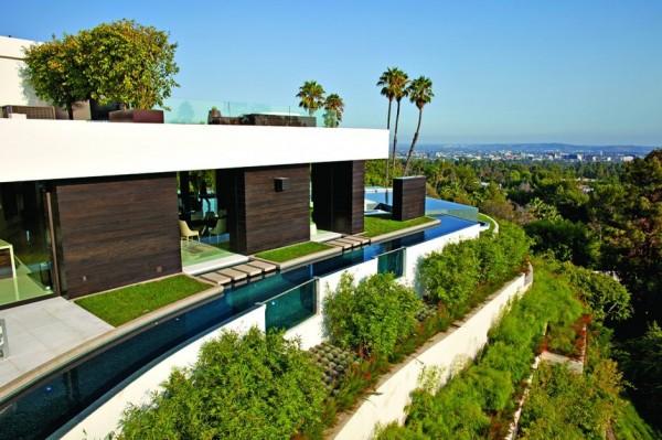 modern-residence-Laurel-Way-11