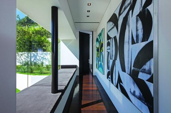 modern-residence-Laurel-Way-23