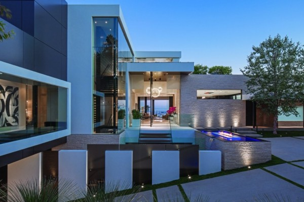 modern-residence-Laurel-Way-7
