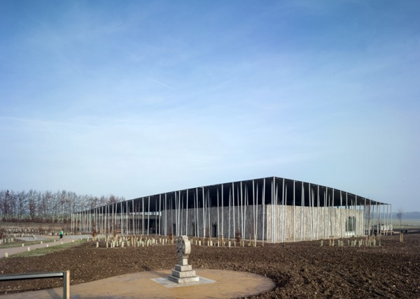 Stonehenge-Visitor-Centre-Denton-Corker-Marshall_dezeen_ss_2