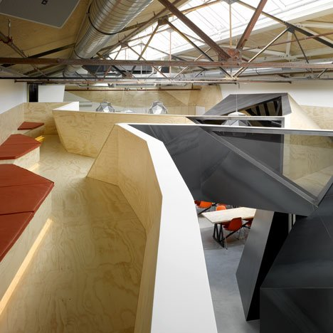 dezeen_Red-Bull-Amsterdam-by-Sid-Lee-Architecture_9