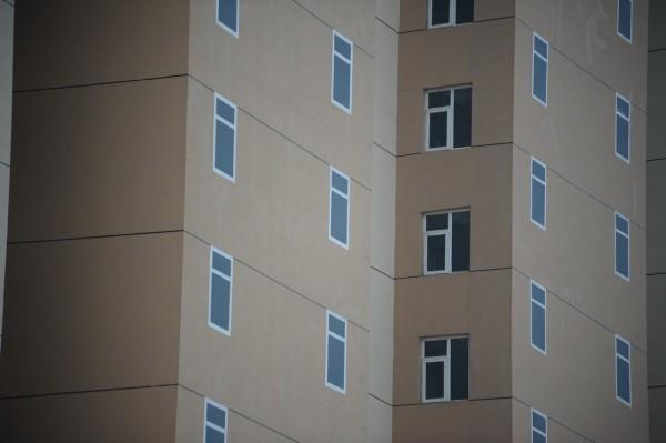 kina-zgrada-bez-prozora-4