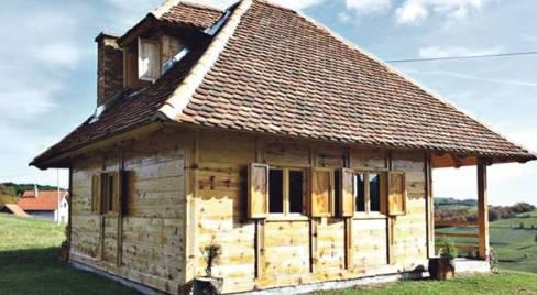 Besplatni placevi za one koji žele da sagrade kuću u tradicionalnom stilu