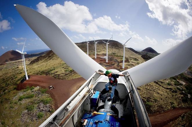 Warren Buffet uložio milijardu dolara u energiju vetra